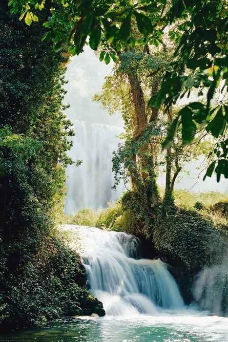 SIsustustaulu Reinders Waterfalls Zaragoza