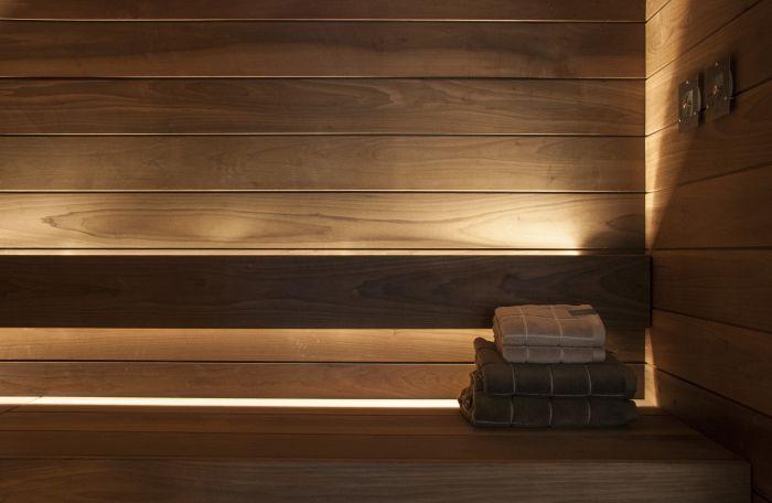 Laudevalaisinsarja Cariitti Linear LED 2 m